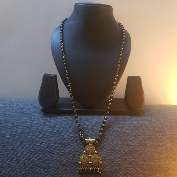 Black and Gold Fashion Necklace