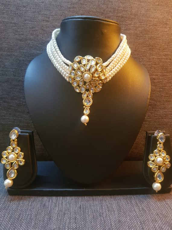 KUNDAN WHITE PEARLS NECKLACE SET