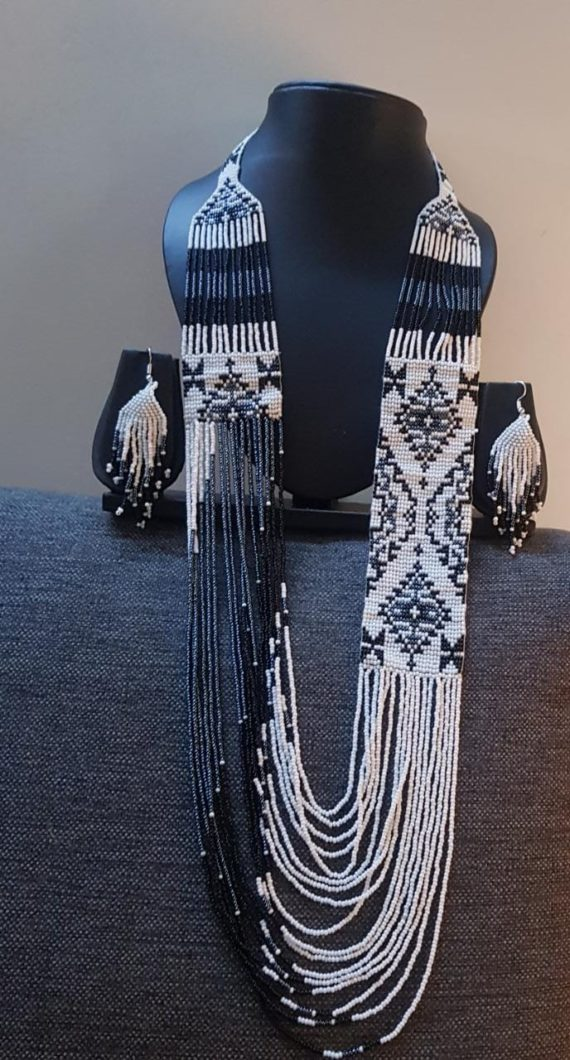White and Black Beads Pattern Long Necklace Set