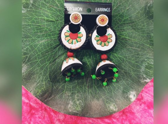 TRIBAL WHITE EARRINGS